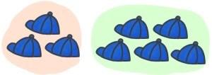 作業員の人数。帽子が並んでいるイラストです。